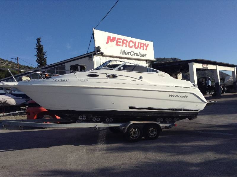 Wellcraft Martinique 24